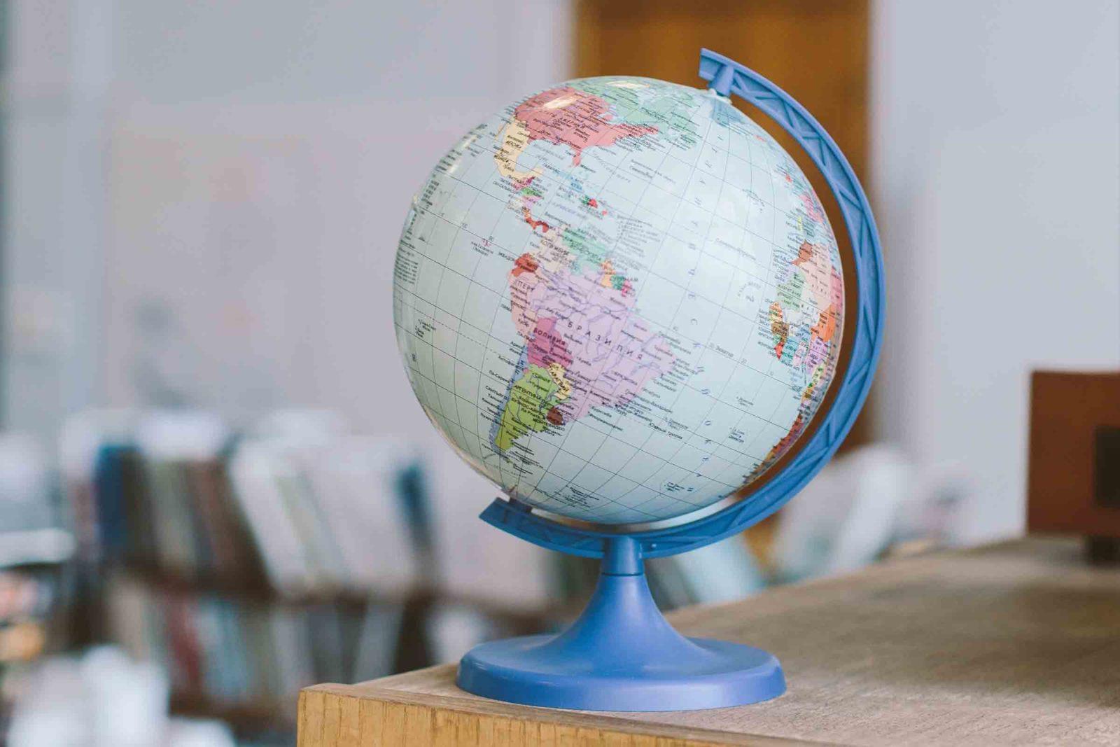 Лингвистический тренинг: французский язык и английский язык